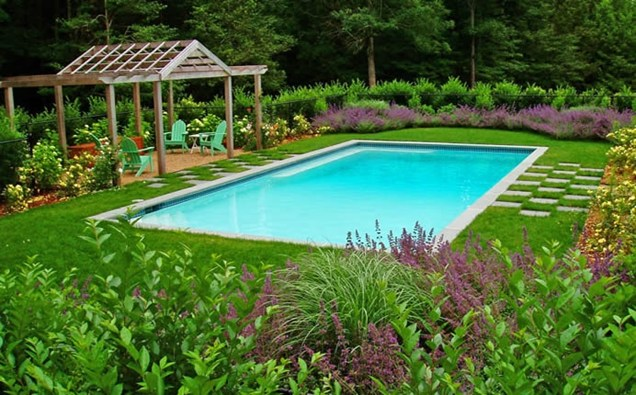 Tips and design ideas for installing an inground swimming for Pool landscaping pictures