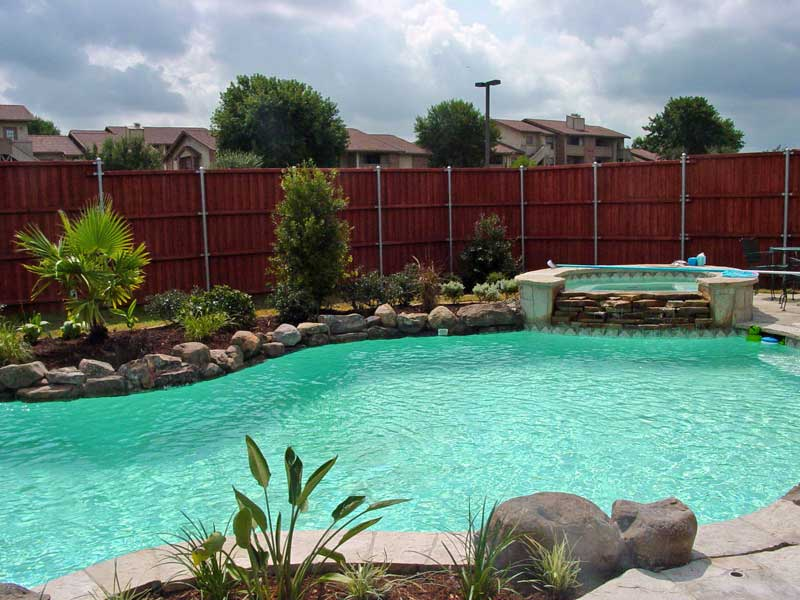 Tips and design ideas for installing an inground swimming for Pool landscapes ideas pictures