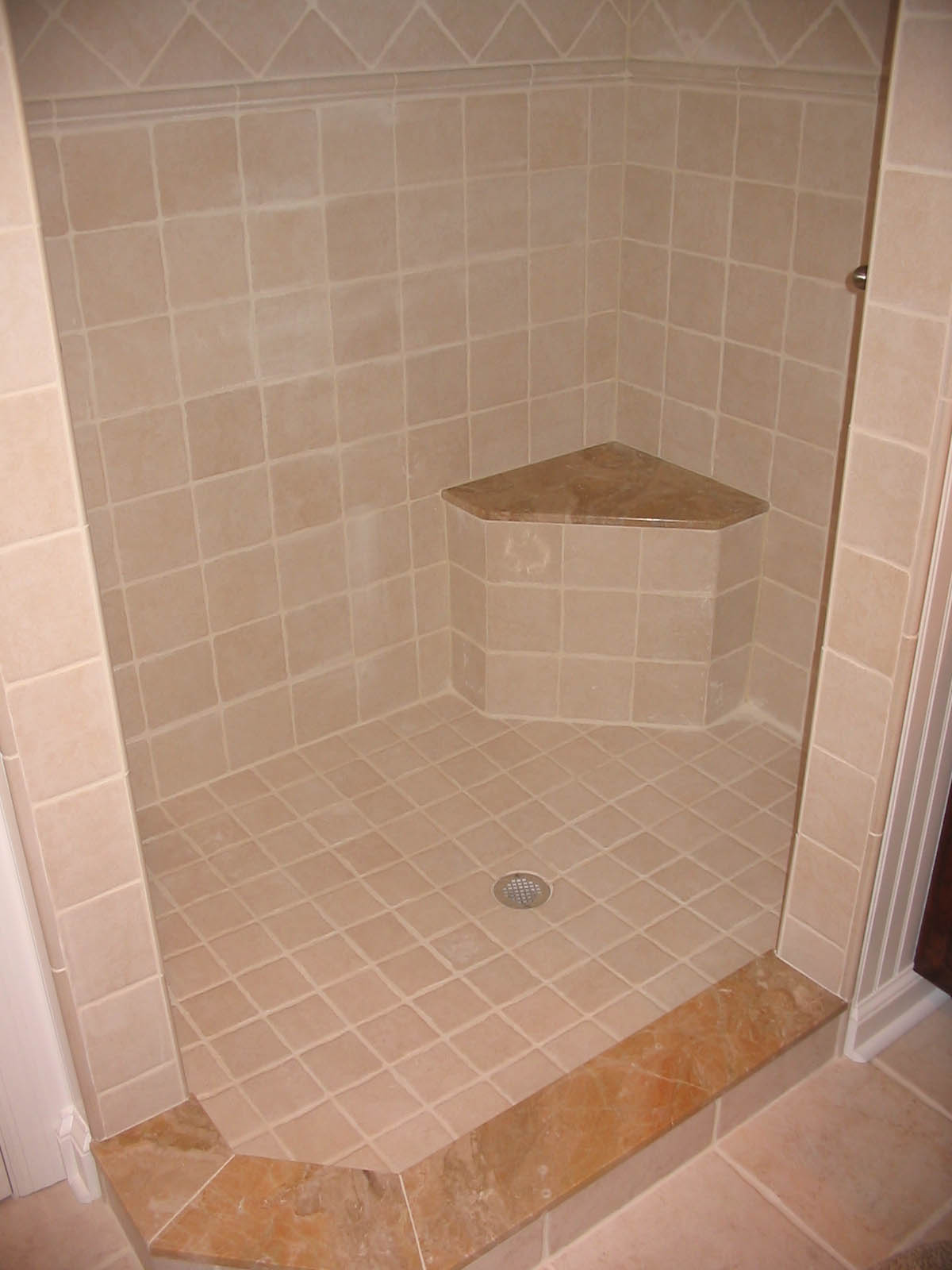 Bathroom tile designs Photo - 1