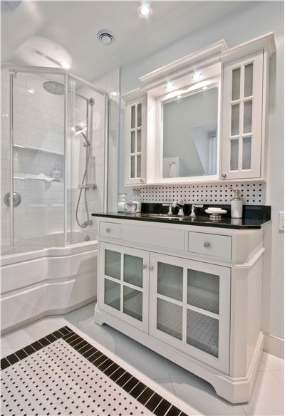 We Offer To Your Attention Colonial Bathroom Photo U2013 4. If You Decide To  Decorate The House Or Yard And Do Not Know What To Do With It!