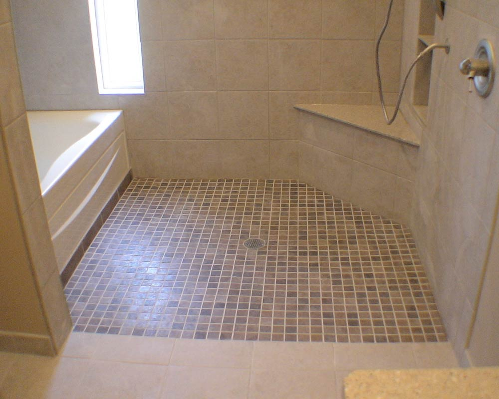 Handicapped accessible bathrooms Photo - 1