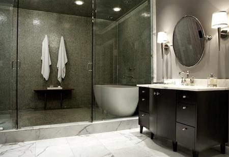 High end bathrooms Photo - 1