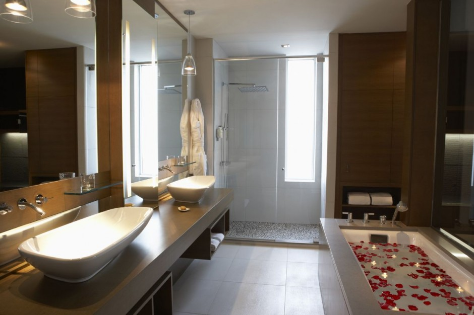 Hotel bathroom design large and beautiful photos photo for Design hotels 2015