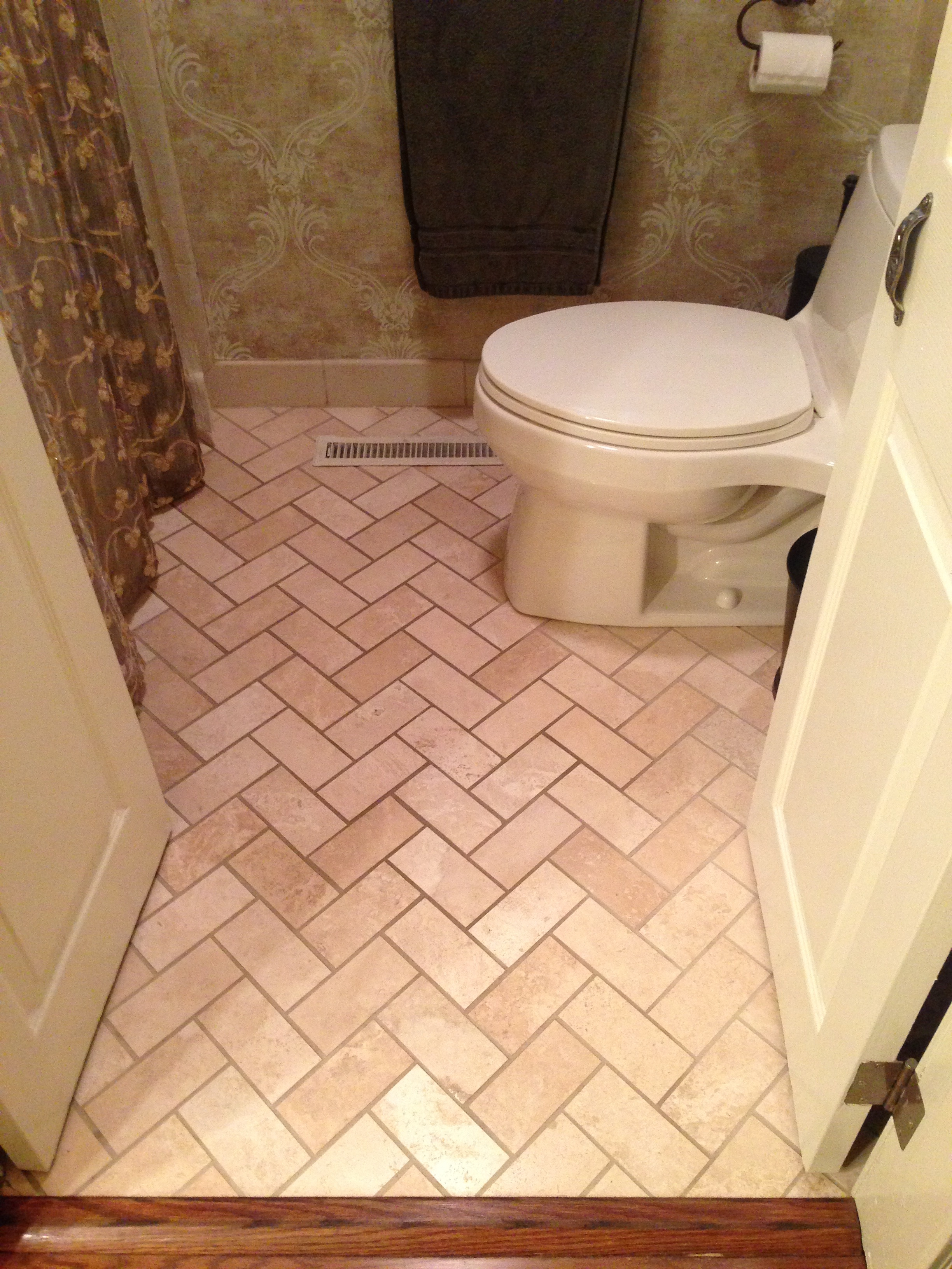 Laminate Bathroom Tiles Laminate Bathroom Flooring Photo 5 Design Your Home