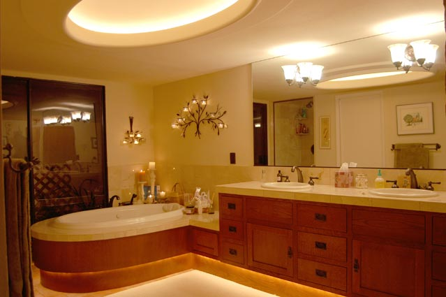 Master bathroom ideas large and beautiful photos photo for Redo bathroom