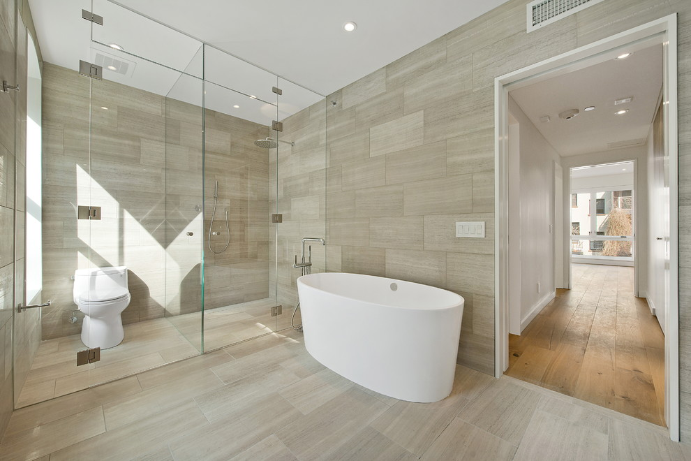 Trendy bathrooms Photo - 10