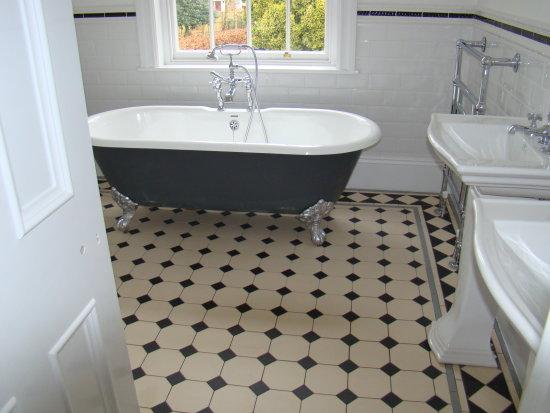 Victorian Bathroom Victorian ...