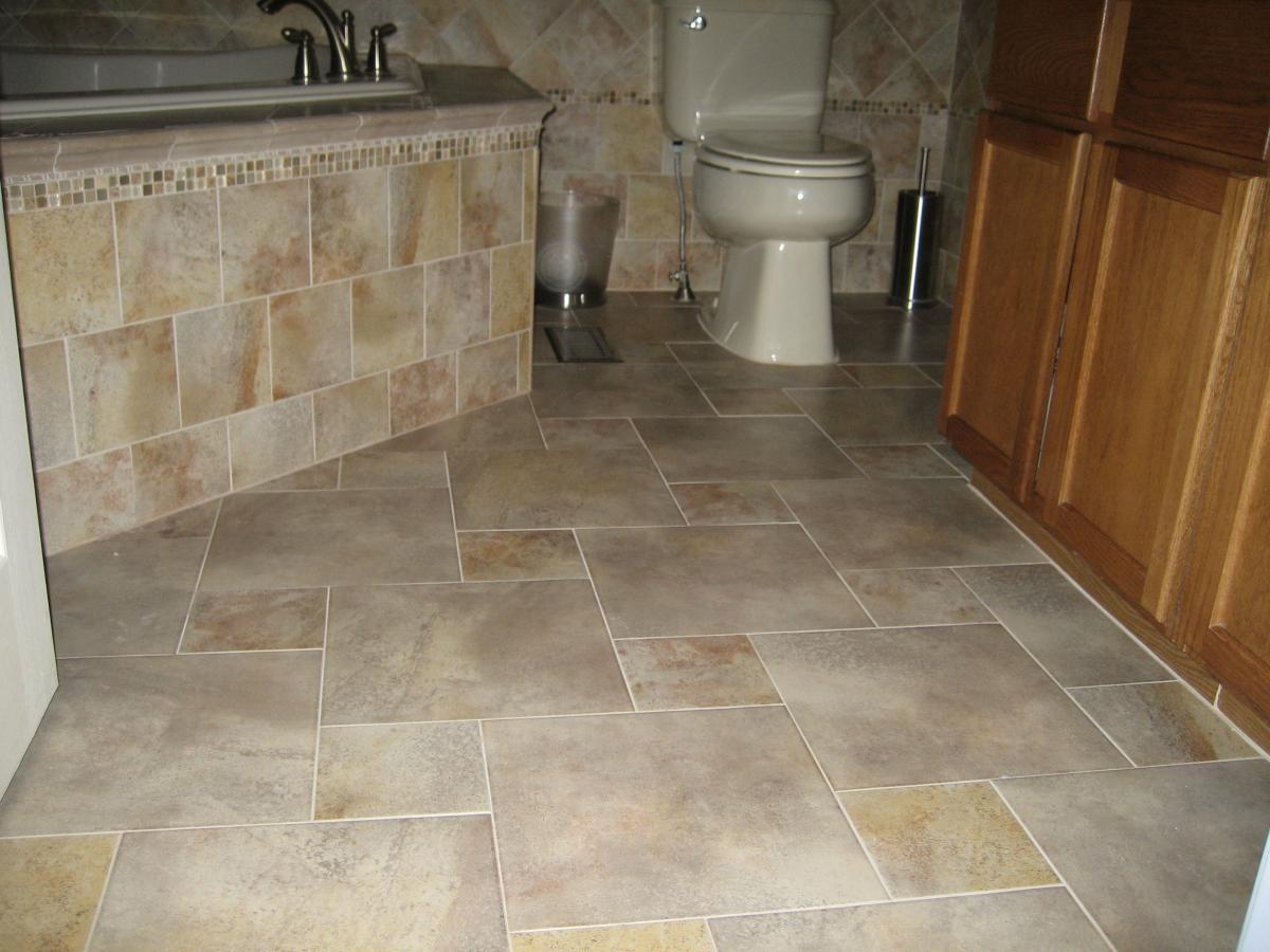 Wood flooring in bathroom Photo - 1