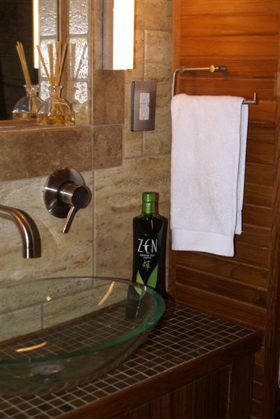 Zen bathroom Photo - 1