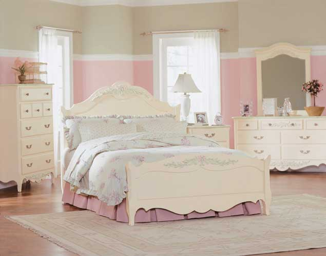 Baby girls bedroom Photo - 1