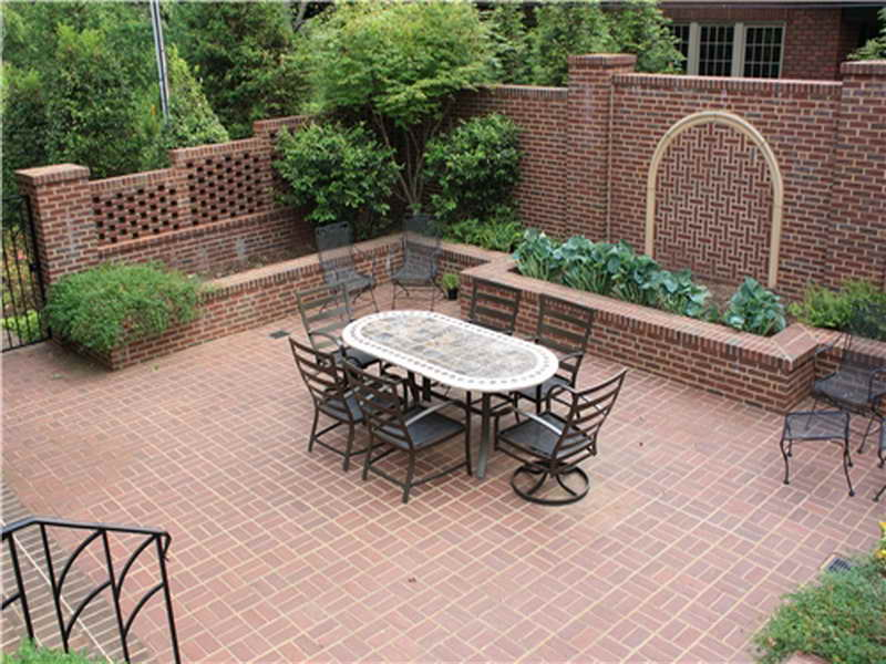 Backyard brick patio ideas
