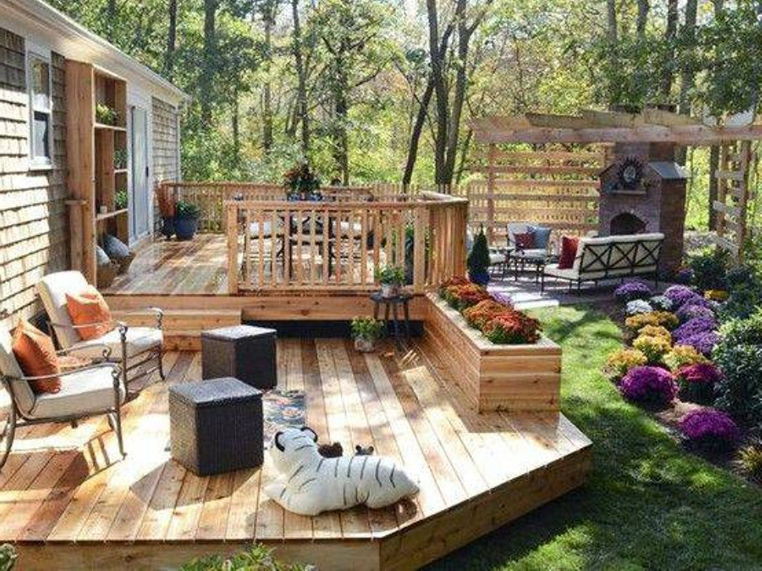 Backyard deck and patio ideas - large and beautiful photos. Photo to ...
