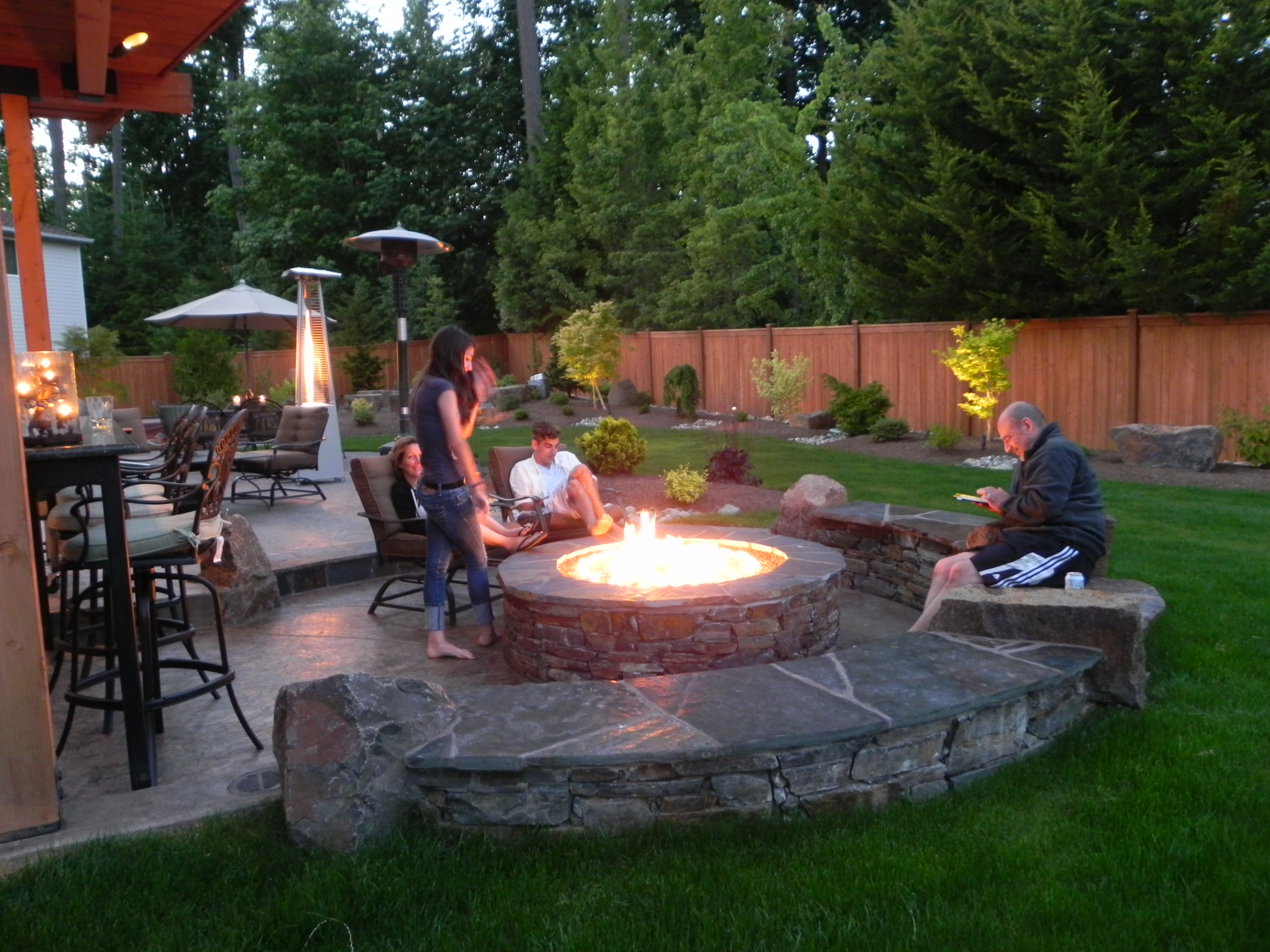 Backyard Fire Pit Landscaping Ideas Photo Design Your Home - Landscaping ideas backyard