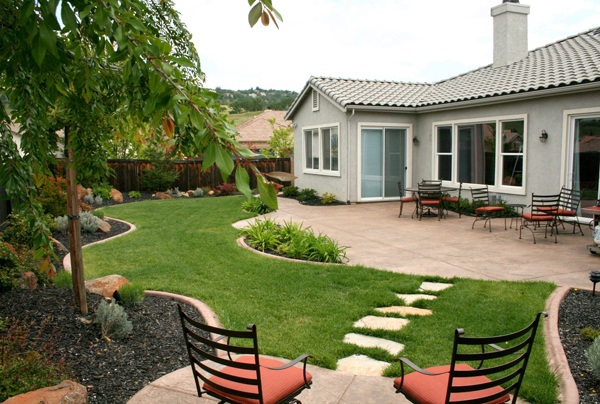 Cheap Backyard Landscaping Ideas backyard landscape ideas on a budget - large and beautiful photos