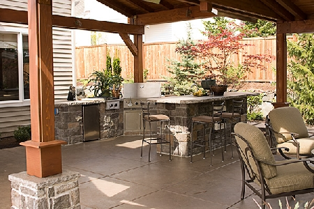 Backyard kitchen pictures
