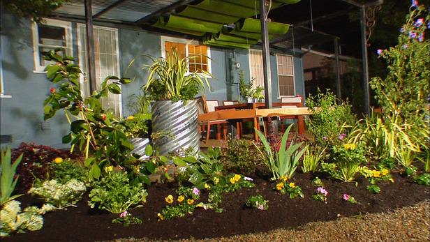 Backyard landscaping diy