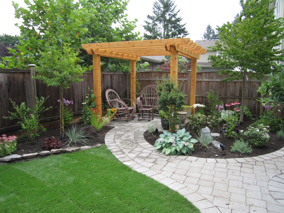 Backyard for dogs large and beautiful photos photo to for Garden designs for dogs