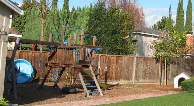 Backyard play areas Photo - 1