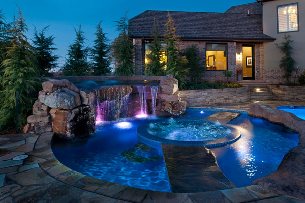 Backyard spa designs Photo - 5