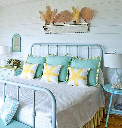 Beach house bedrooms Photo - 1