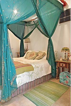 Bedroom canopy diy Photo - 1