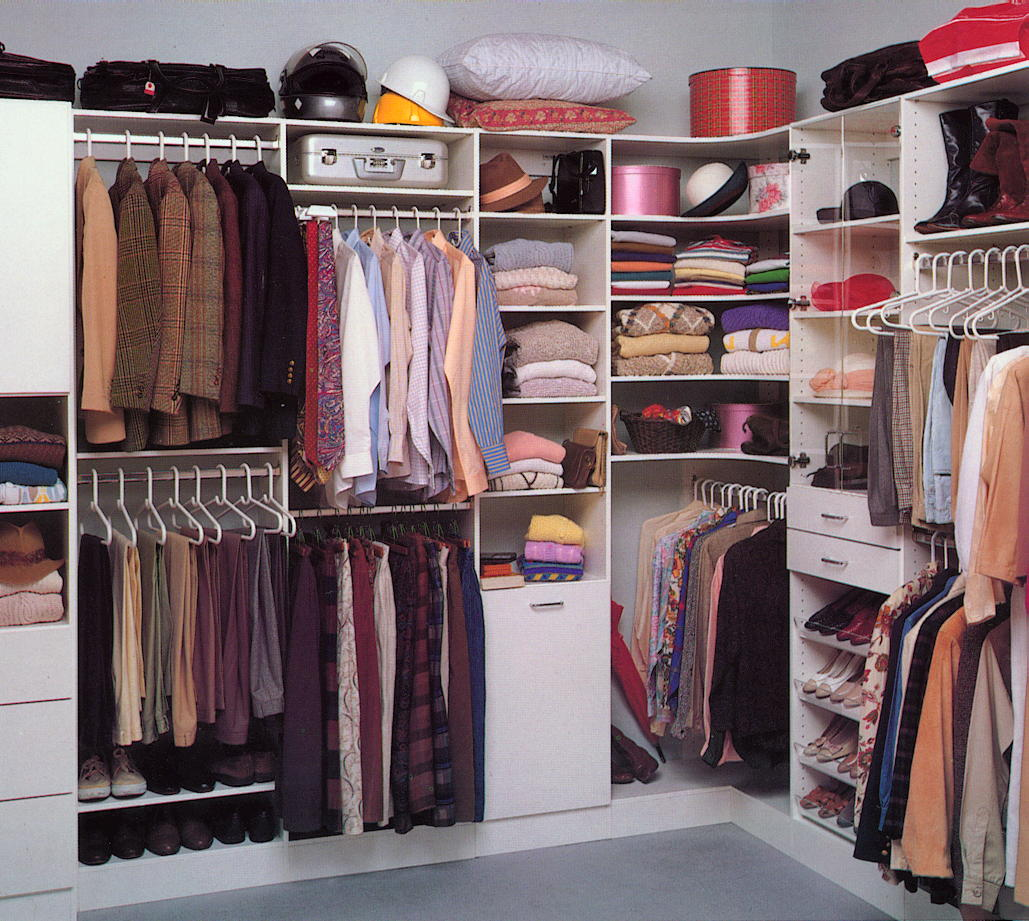 Bedroom closet design Photo - 1