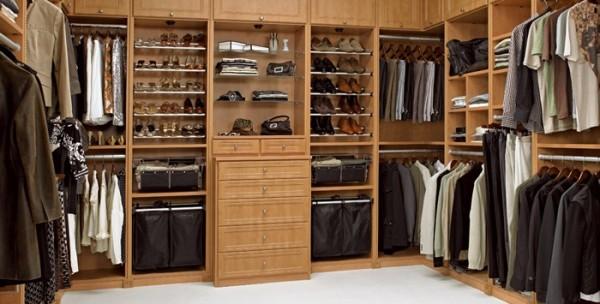 Bedroom closet shelving Photo - 1