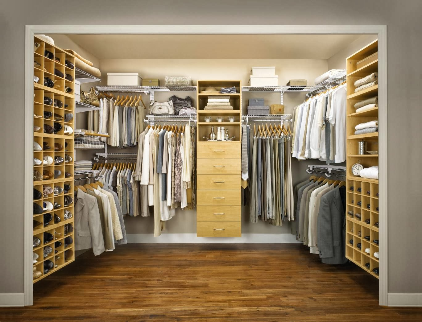 Bedroom closet storage ideas Photo - 1