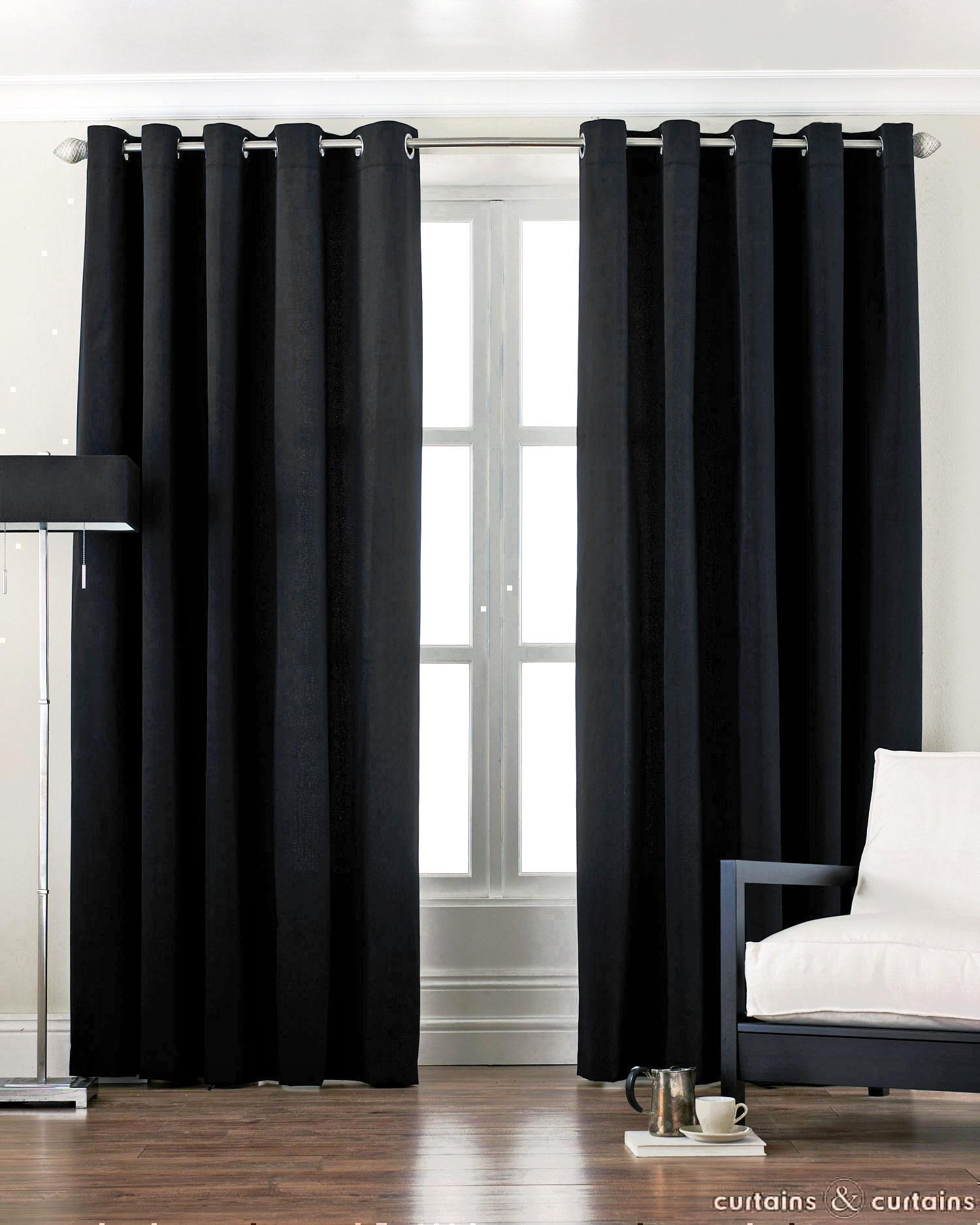 Bedroom curtains with valance Photo - 1