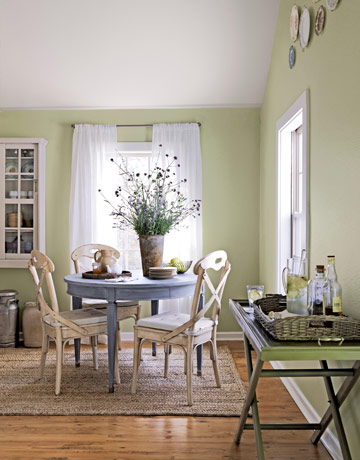 Decorate small dining room Photo - 1