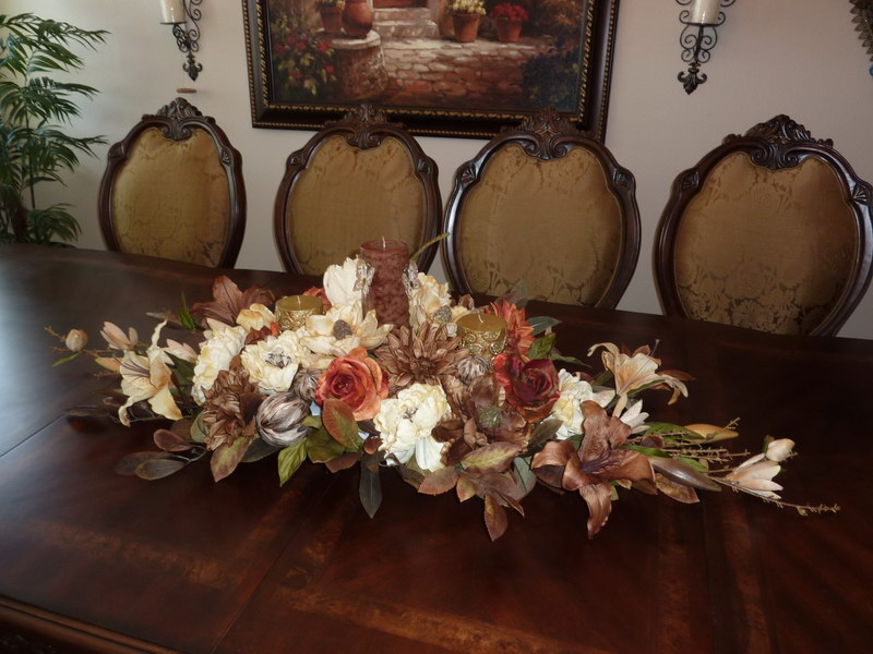 Modern dining room table centerpieces large and for Candle dining room centerpieces