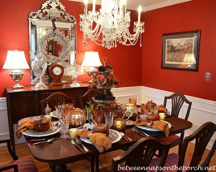 Dining room table setting Photo - 1