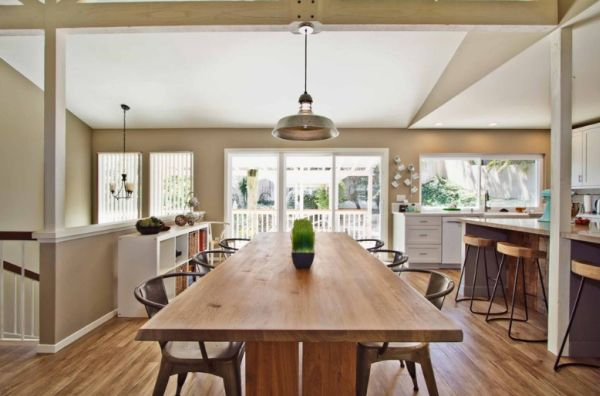 Dining table in kitchen ideas Photo - 1