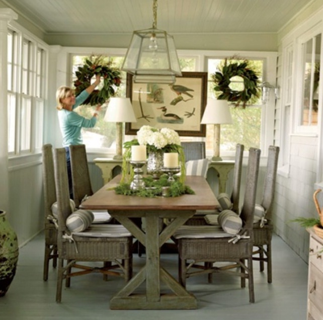 Rustic dining room decorating ideas large and beautiful for Pictures of dining room tables decorated