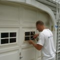 How to repair garage door panels Photo - 1
