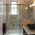 Garden tub and shower combo Photo - 1