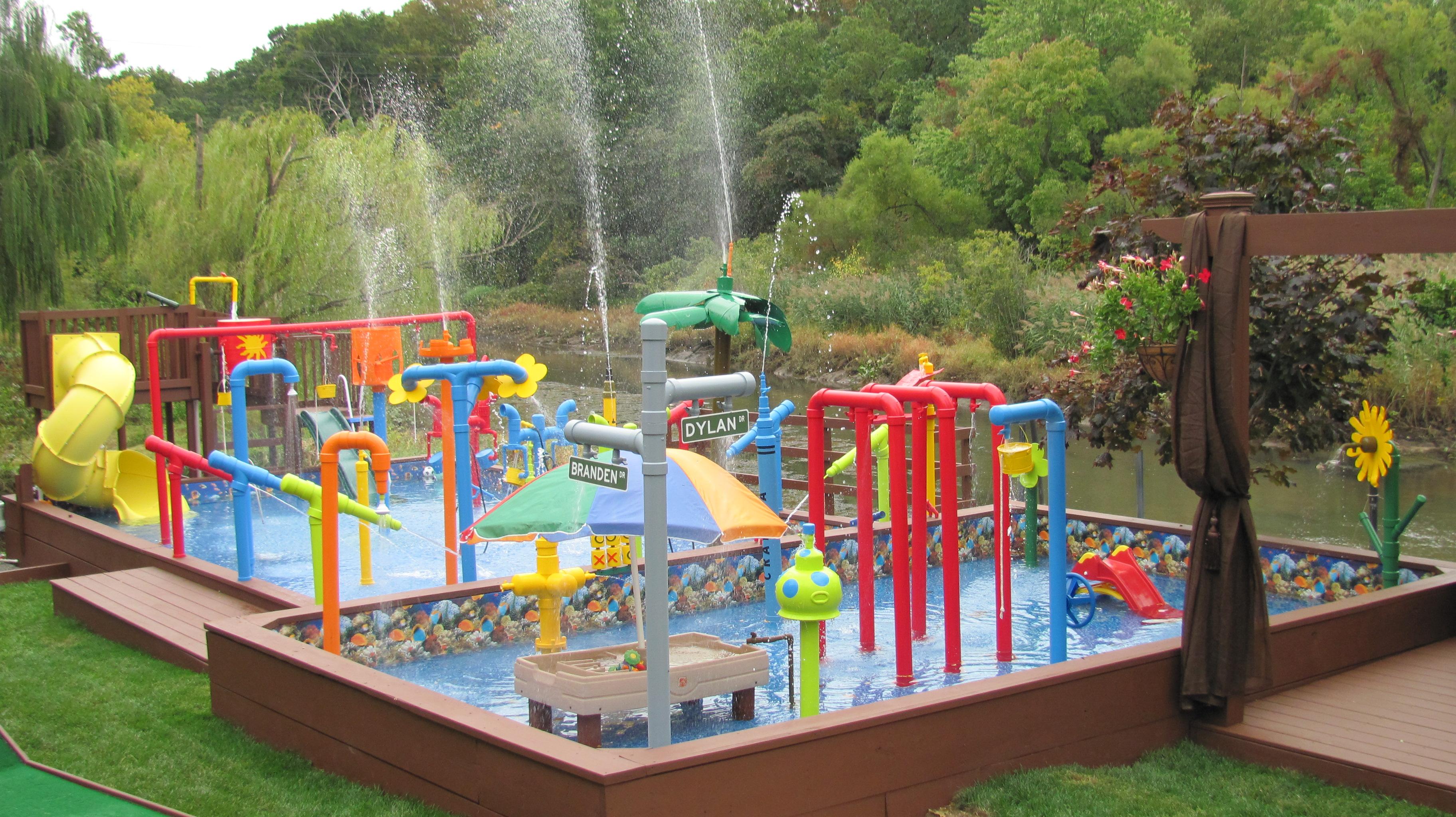 Backyard water parks - large and beautiful photos. Photo ...