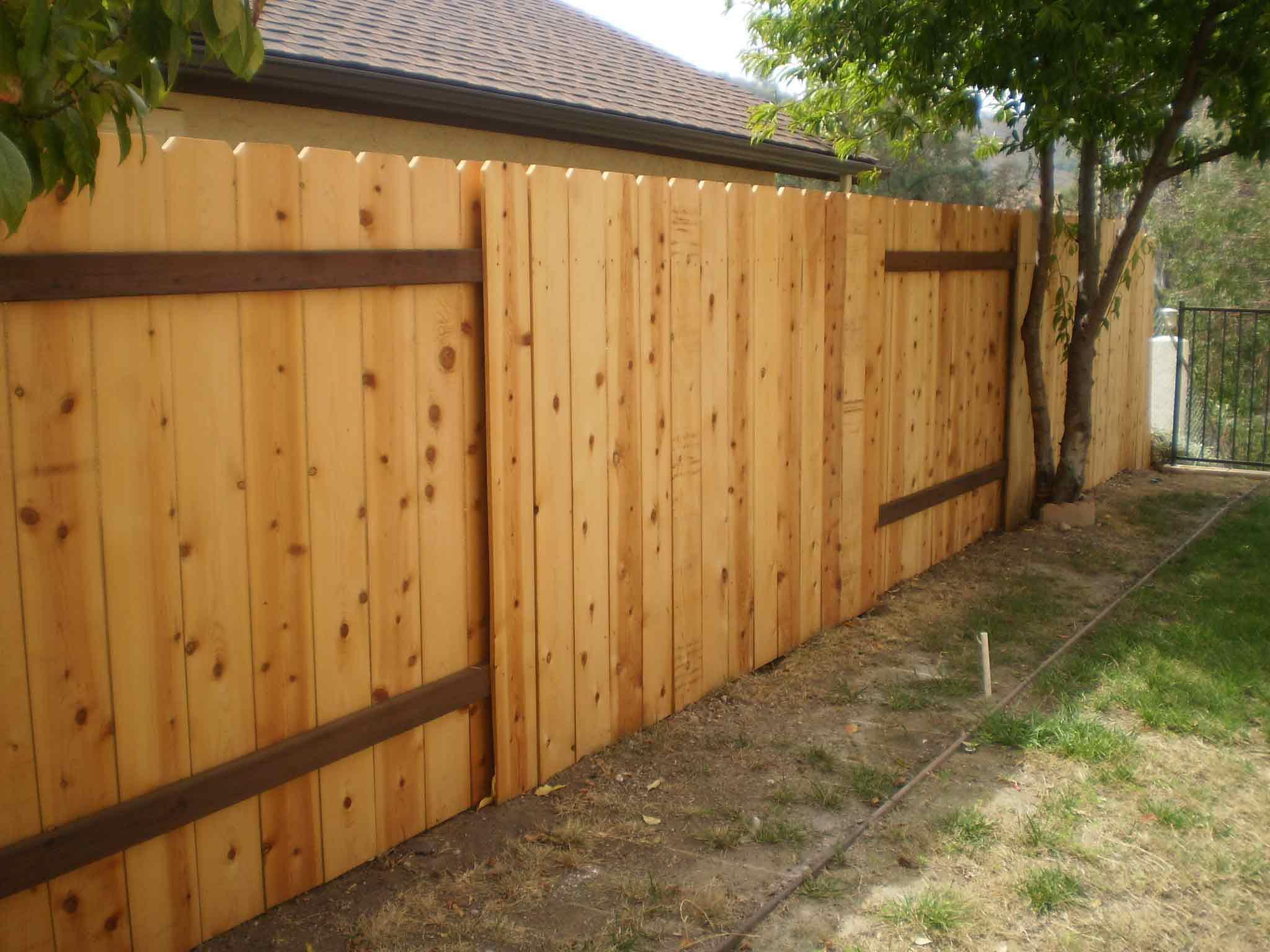 Backyard wood fence - large and beautiful photos. Photo to ...