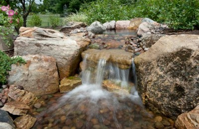 Small backyard waterfalls Photo - 1