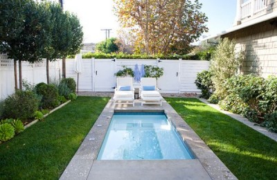 Small backyard with pool Photo - 1