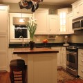 Kitchen islands for small spaces Photo - 1
