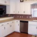 Small white kitchens Photo - 1