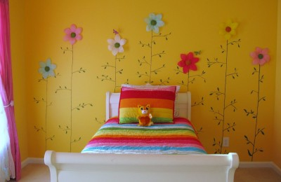 Yellow girls bedroom Photo - 1