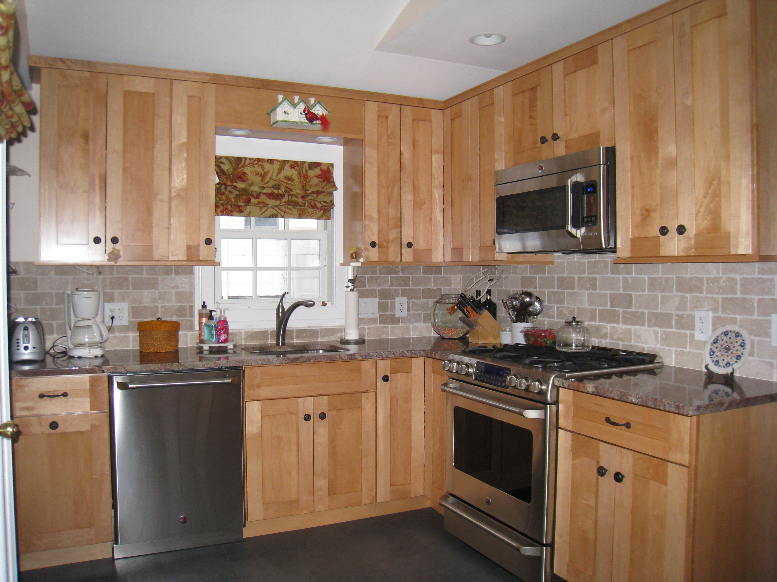 appliances for small kitchens photo - 1