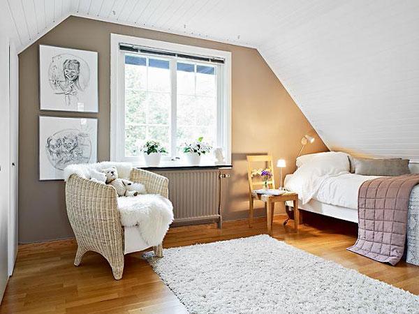 attic bedroom photo - 1