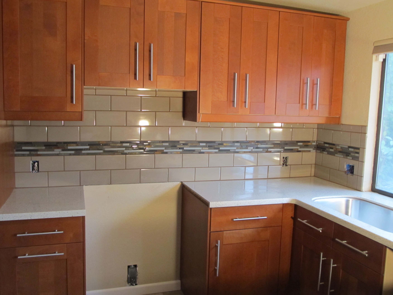 backsplash tile ideas small kitchens photo - 1