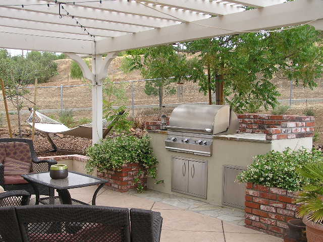 Bon Backyard Bbq Design Ideas