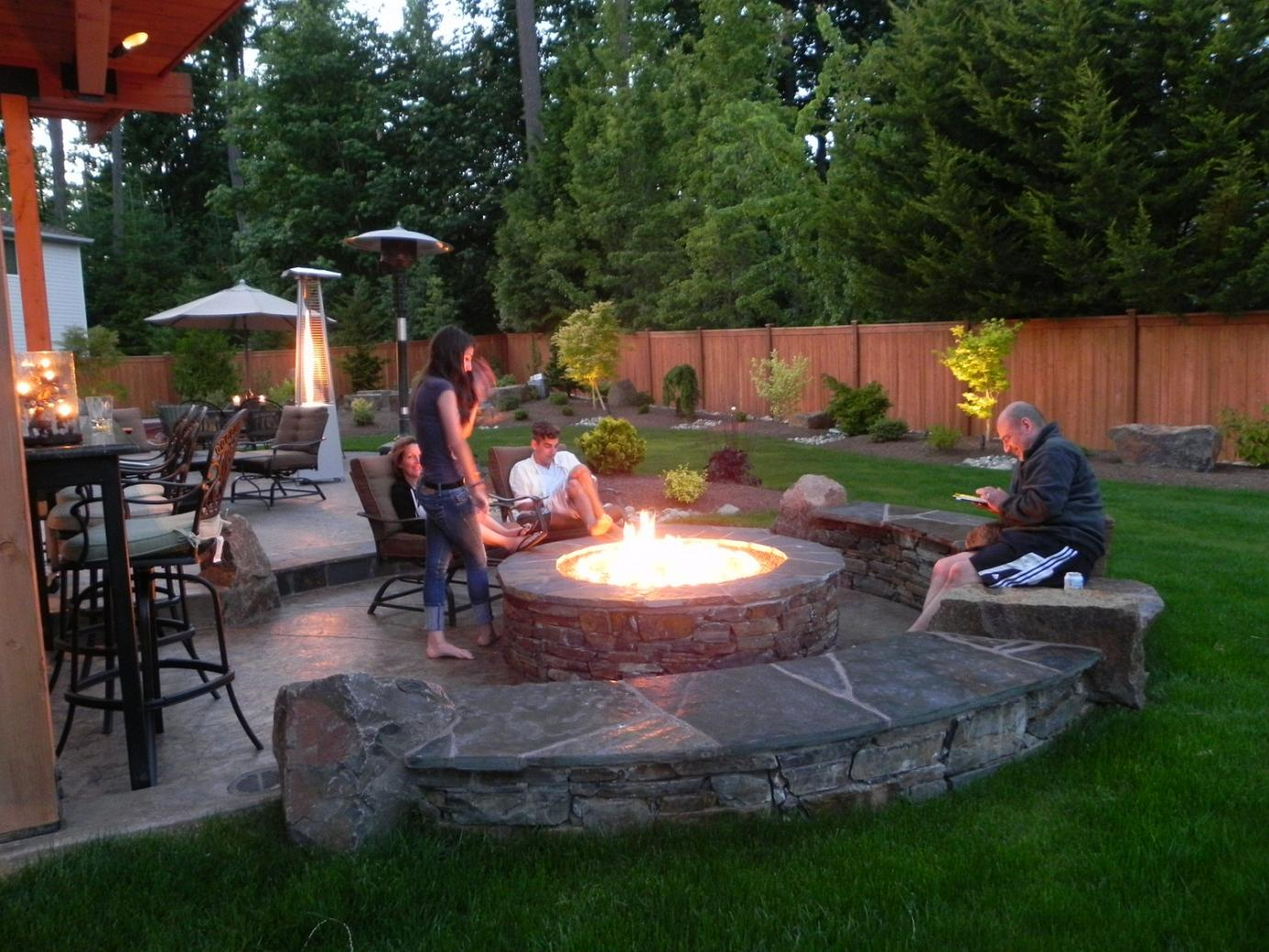 backyard fire pit design photo - 1