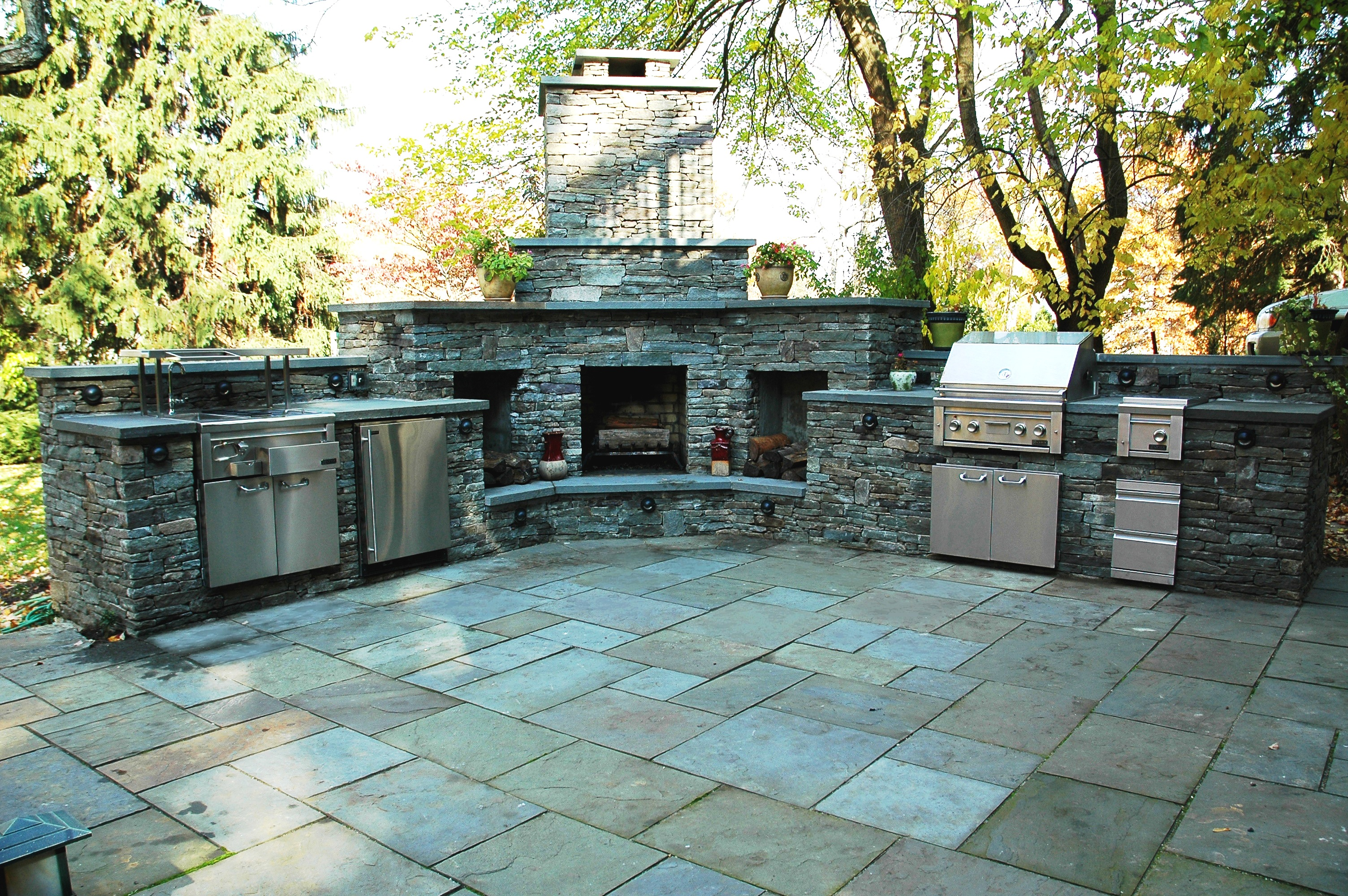Backyard kitchens pictures - large and beautiful photos. Photo to ...