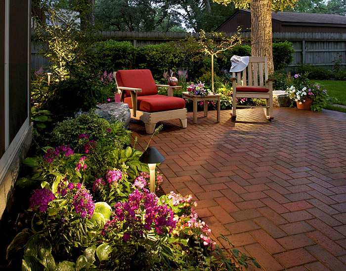 Backyard landscaping ideas for dogs large and beautiful for Garden designs for dogs